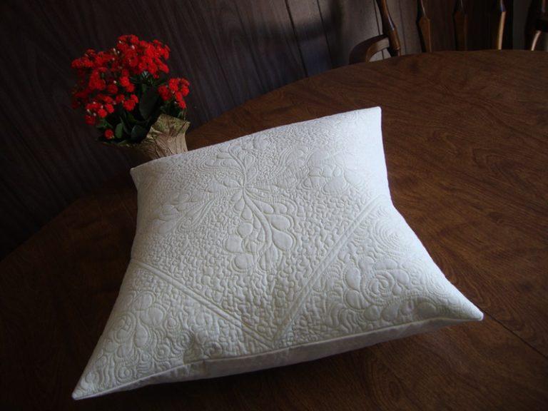 pillow 800 1870